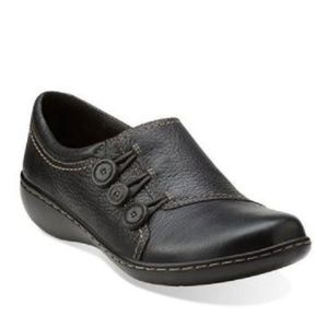 Clarks Ashland Effie Black Leather Loafer 6.5 NWOB